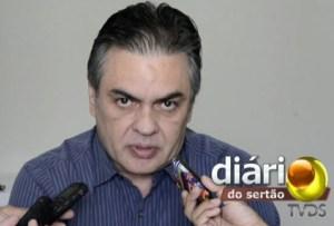 Cássio Cunha Lima é alfinetado no Senado
