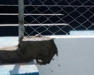 Foto enviada pela Mancha Azul mostra reparo feito no alambrado do Perpetão