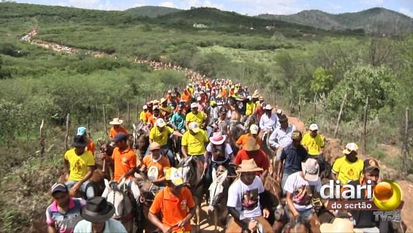 Multidão de cavaleiros e amazonas participaram da Cavalgada de São José de Marimbas
