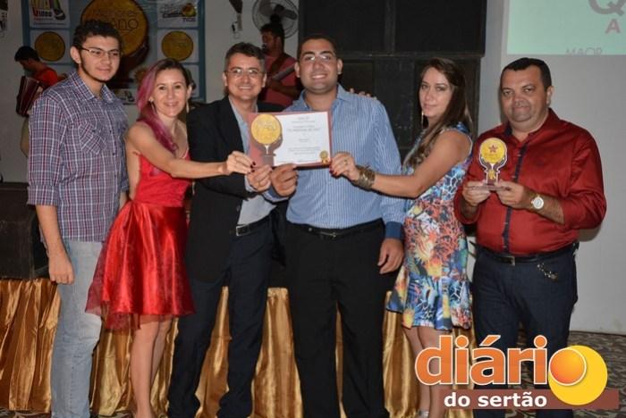 """Equipe do sistema Diário do Sertão participou do evento """"Melhores do Ano"""""""