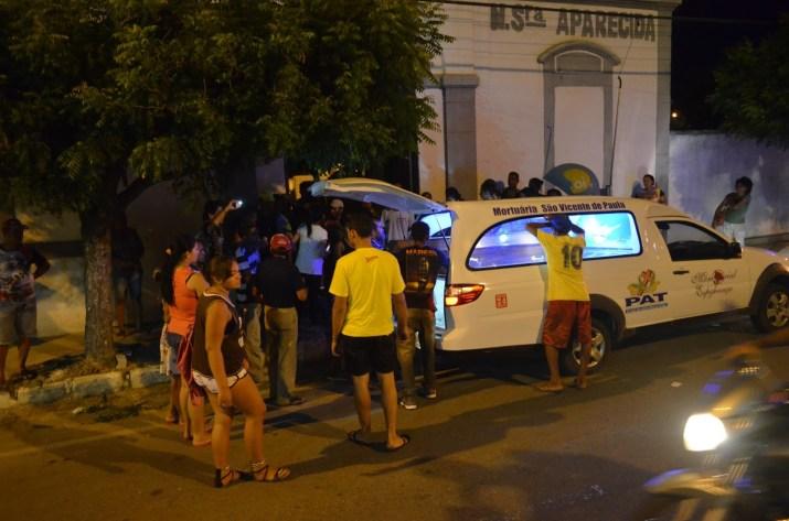 Jovem foi sepultado na cidade de Cajazeiras após retorno do IML