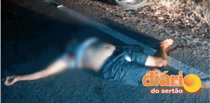 Vítima teria sido alvejada com três tiros (foto: Diário do Sertão)