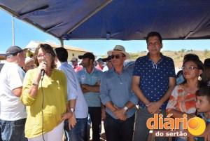 Prefeita de Poço José de Moura fala sobre 2016