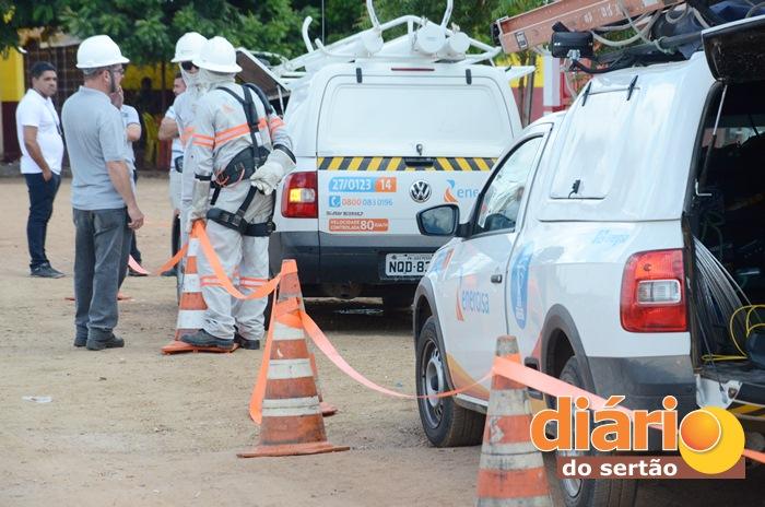Mais de 30 equipes da Energisa participam da operação (foto: Charley Garrido)