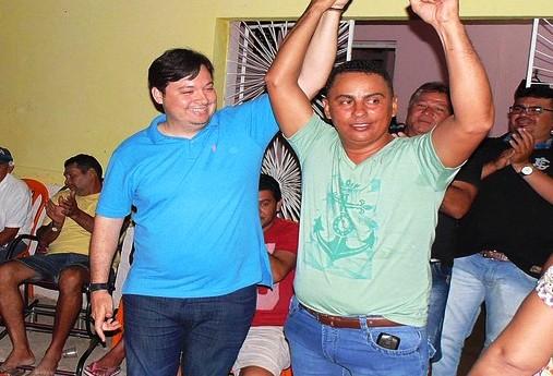 junior_araujo_adriano