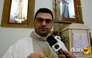 Padre Janilson Rolim celebrou a missa
