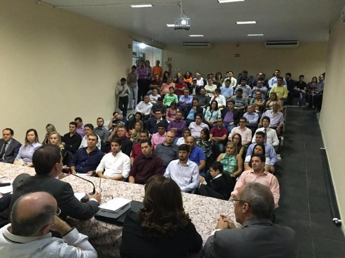 Auditório da OAB recebeu grande público