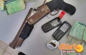 Arma apreendida pelos policiais militares