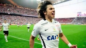 Atacante Romero fez dois gols