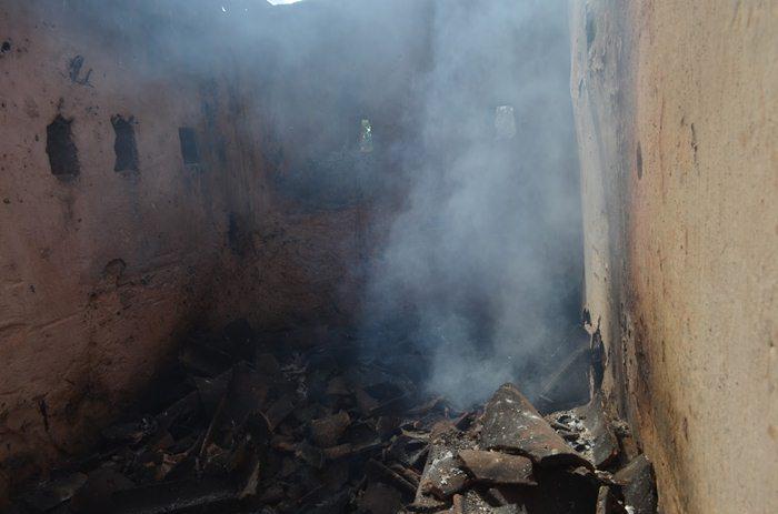 Incêndio pode ter sido criminoso, diz bombeiro (foto: Ângelo Lima)