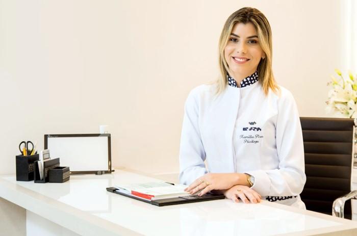 Psicóloga Kamilla Píres (foto: Facebook)