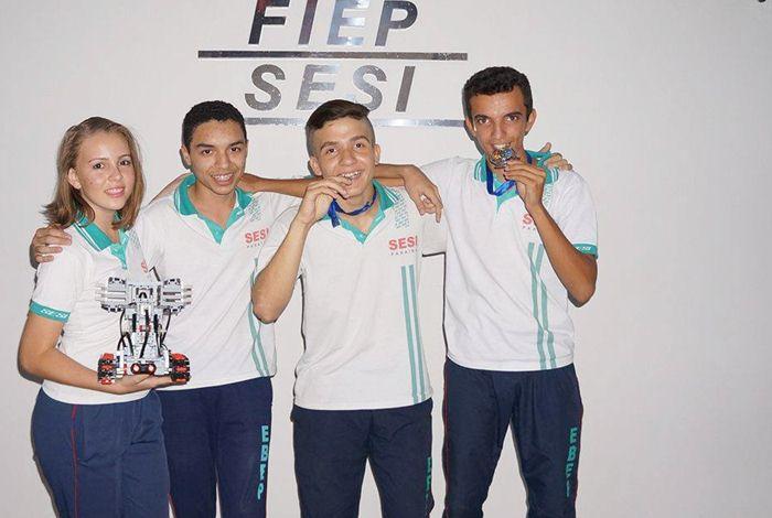 Estudantes se destacaram na Olimpíada Brasileira de Robótica (foto: assessoria)