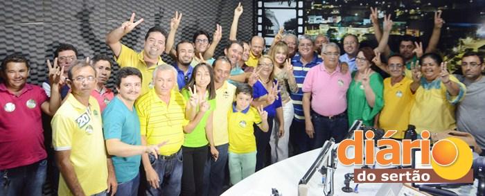Entrevista foi realizada no estúdio da rádio líder FM (foto: Charley Garrido)