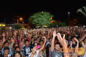 Evangélicos lotaram a praça central da cidade