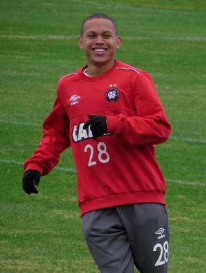 Marcos Guilherme interessa ao Santos para a próxima temporada (Foto: Fernando Freire)