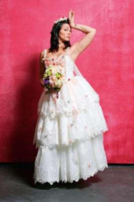© Fornecido por Abril Comunicações S.A. Na peça O Casamento Suspeitoso, em 2011 (Foto: Fernando Moraes)