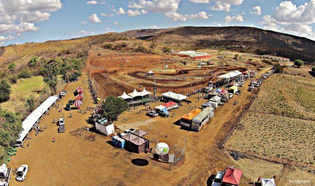 Estrutura montada em Carrapateira (Foto: Reprodução / Site do evento)