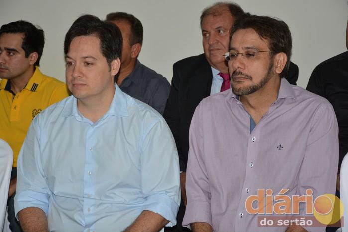 Junior Araújo e Carlos Antônio durante evento em Santa Helena
