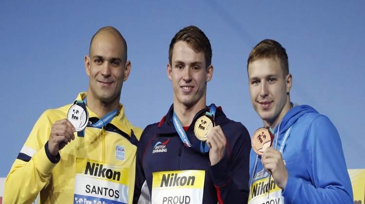 Nicholas Santos conquista a prata nos 50m borboleta no Mundial