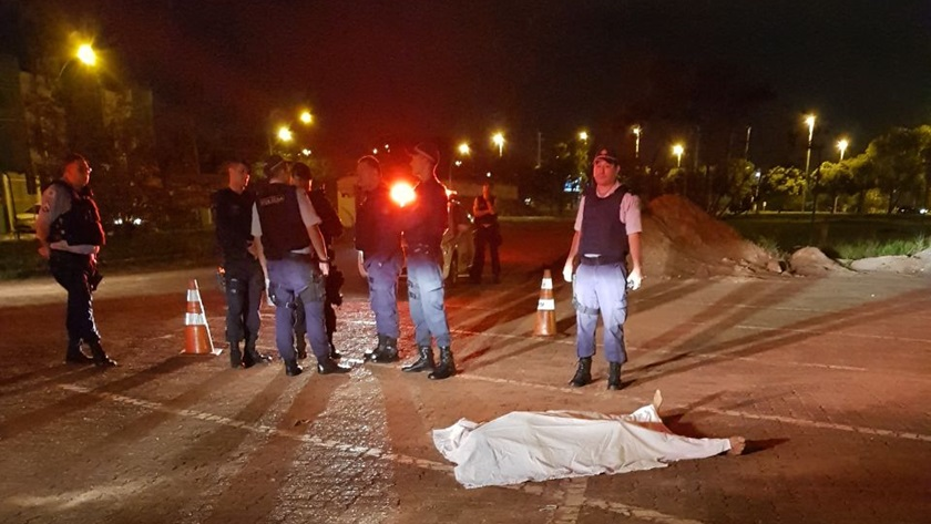 Homem pelado invade quartel, tenta roubar arma de policial e acaba morto em Taguatinga