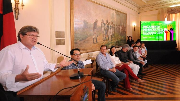 Resultado de imagem para Ricardo lança Orçamento Democrático Estadual 2018 e ressalta sua importância como instrumento de democracia