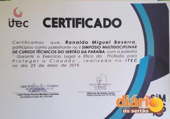 Dr Ronaldo durante palestra em Pombal