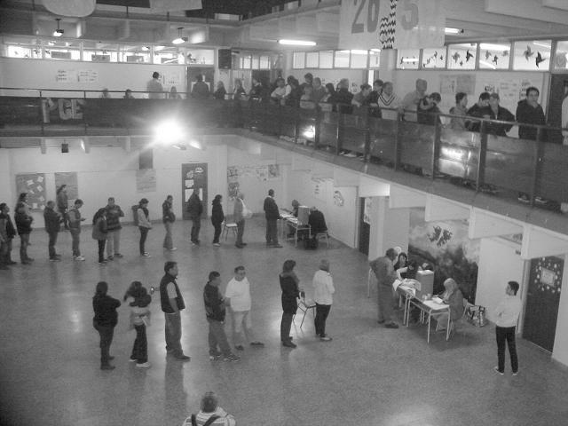 votoelecciones2015-escueladecomercio3