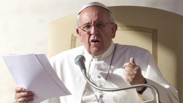 VAT10 CIUDAD DEL VATICANO (VATICANO) 06/11/2013.- El papa Francisco preside la audiencia general de los miércoles en la plaza de San Pedro del Vaticano, hoy, miércoles 6 de noviembre de 2013. EFE/Claudio Peri