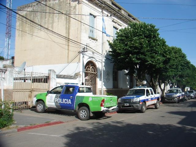 POLICIA10