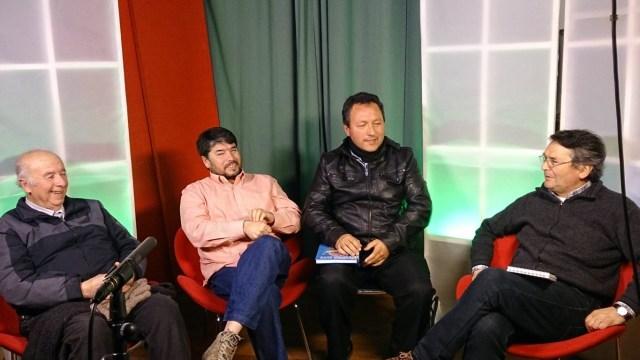 """Miembros de la directiva participando del programa """"Cóctel de Sábado"""", de Canal 3 Pichilemu."""
