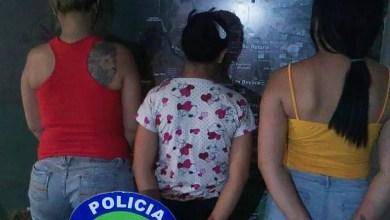 Photo of Tres mujeres fueron aprehendidas tras haber agredido a una ciudadana