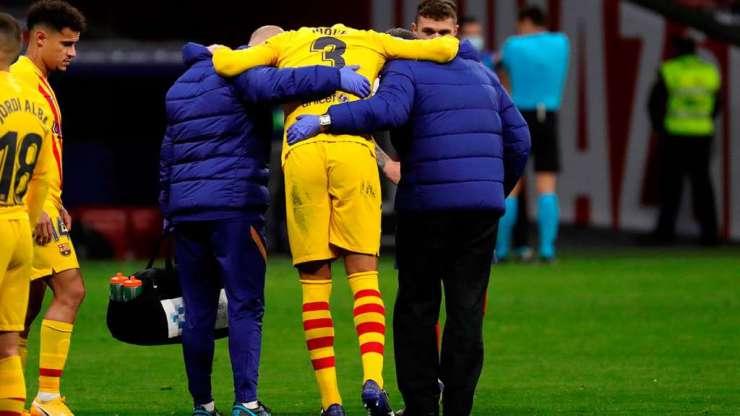 Gerard Piqué se retira lesionado del Wanda Metropolitano