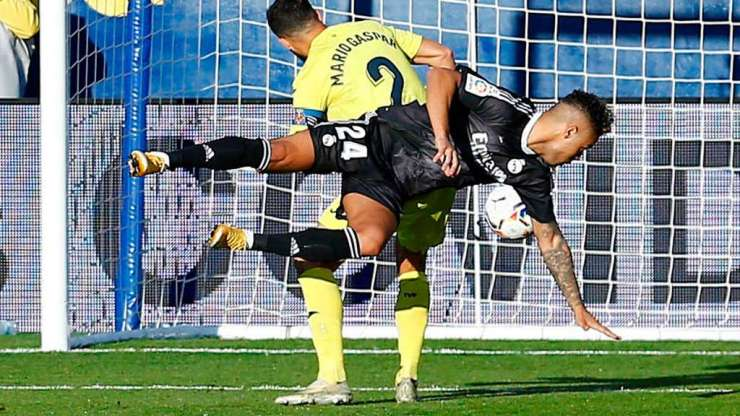 Mariano Díaz anota contra el Villarreal
