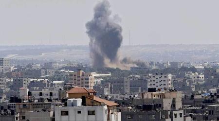 Pasadas las 14.00 hora local, milicianos palestinos aún disparaban cohetes contra el territorio israelí