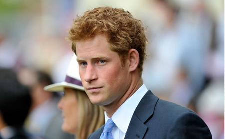 El príncipe Harry reconoce que está deseando tener hijos lo antes posible, aunque ha decidido esperar hasta que encuentre a la mujer perfecta para sentar cabeza ARCHIVO