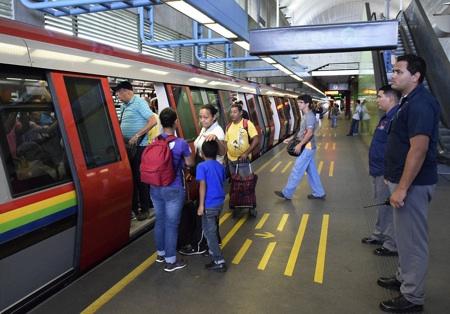 El módulo está ubicada en las inmediaciones de la estación del metro