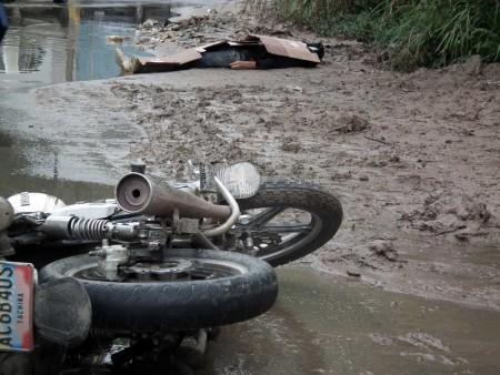 Luis Junior Castellano Montilla fue identificado el fallecido que viajaba en su moto marca Bera 150cc