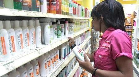 Aceite lo venden hasta en 18 mil Bs en calles mirandinas. Foto: Archivo.