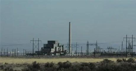 El famoso Reactor B de la reserva nuclear Hanford en Richland, Washington, en fotografía tomada el 3 de abril de 2008. El Reactor B, que fue el primero de gran tamaño en el mundo, se convirtió en parte del Parque Histórico Nacional del Proyecto Manhattan, el parque nacional más reciente de Estados Unidos. (AP Foto/Ted S. Warren