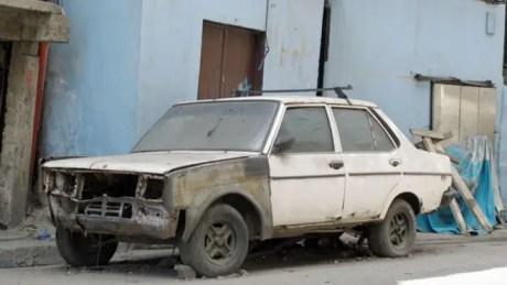 160119172918_venezuela_carros_abandonados_lada_624