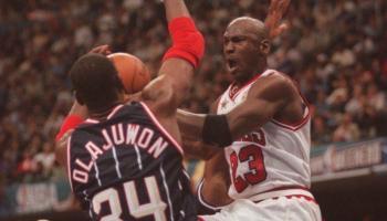 """Exgerente general de los Bulls: """"¿Elegir a Jordan en el número 1 ..."""
