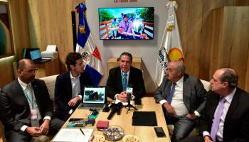 Image result for Ministro de Turismo defiende construcción de hotel en el Parque Nacional del Este