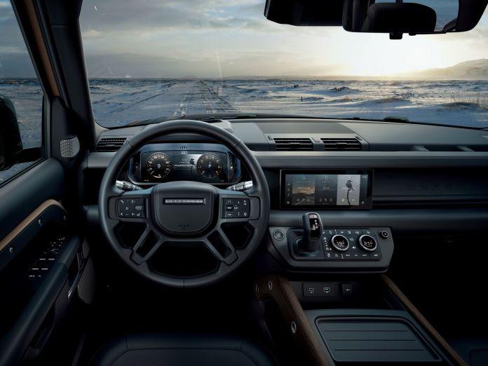 Land Rover Defender 2020 210