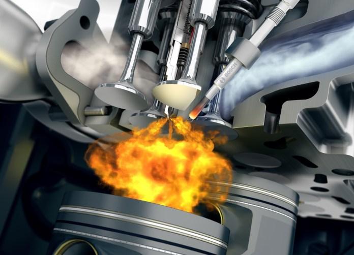 Un Poco Gasolina En Diesel Combustion Camara