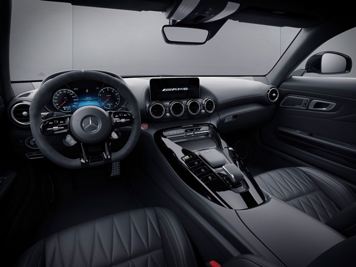 Mercedes Amg Gt Als Coupé Und Roadster Jetzt Bestellbar: Verkaufsstart Für Die Neuen Performance Modelle Mercedes Amg Gt Now Available To Order As Coupé And Roadster: Sales Start For The New Performance Models