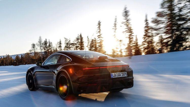 Nieve Porsche 911