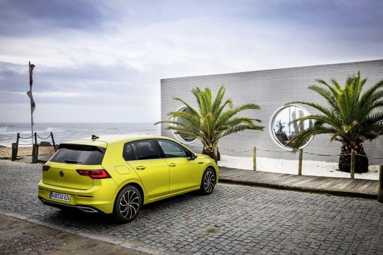 Volkswagen Golf 2020 1219 200