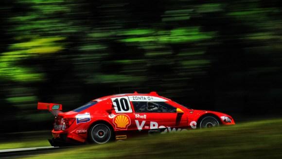 Ricardo Zonta nos testes coletivos da Stock Car no Autódromo Internacional de Curitiba (Foto MIGUEL COSTA JR.)