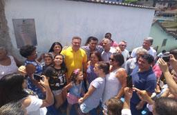 Prefeito de Rio Grande da Serra, Maranhão inaugura duas vielas na Vila Lopes