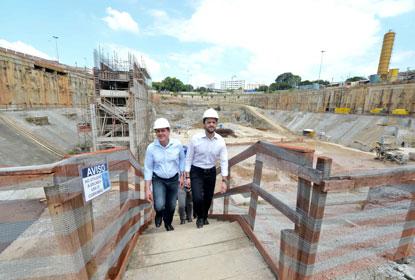 Ao lado do ministro das Cidades, prefeito Orlando Morando retoma obra do piscinão do Paço